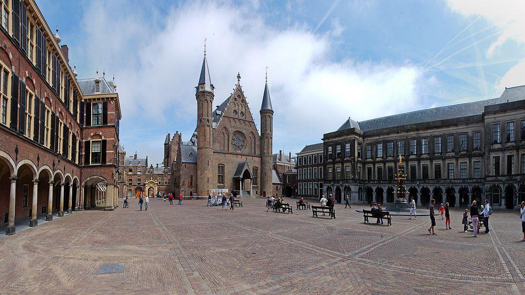 Binnenhof in Den Haag - cc Ralf Roletschek
