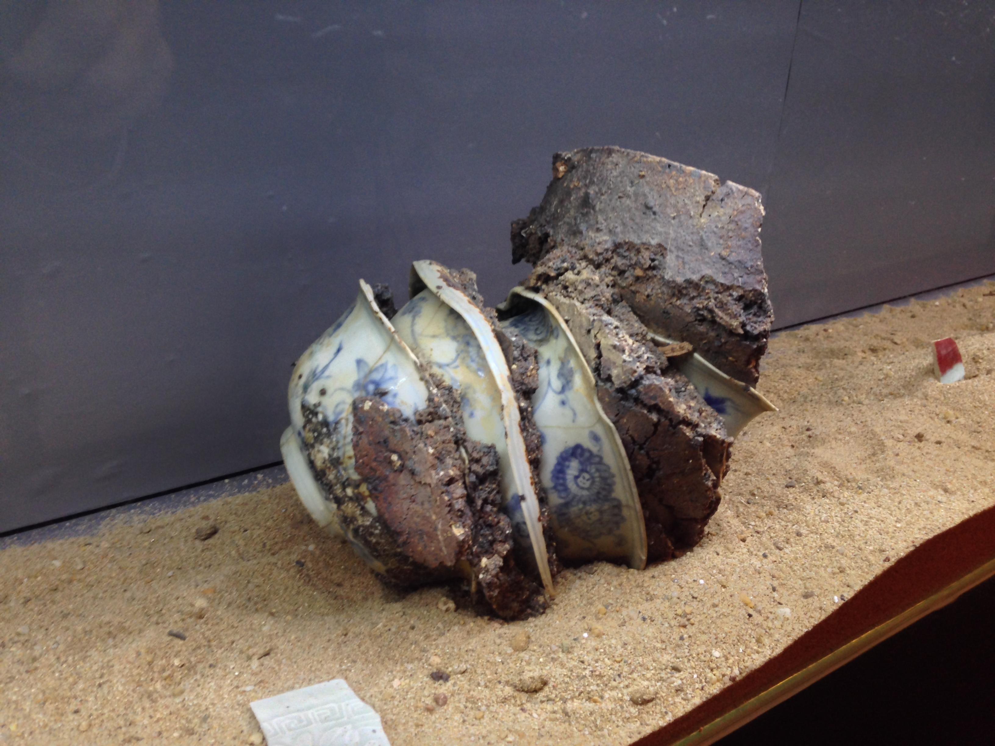 Opgegraven porselein uit Jingdezhen (Prinsenhof)