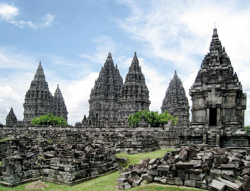 Prambanan, het grootste Hindoe-Javaanse tempelcomplex in Indonesië. - cc