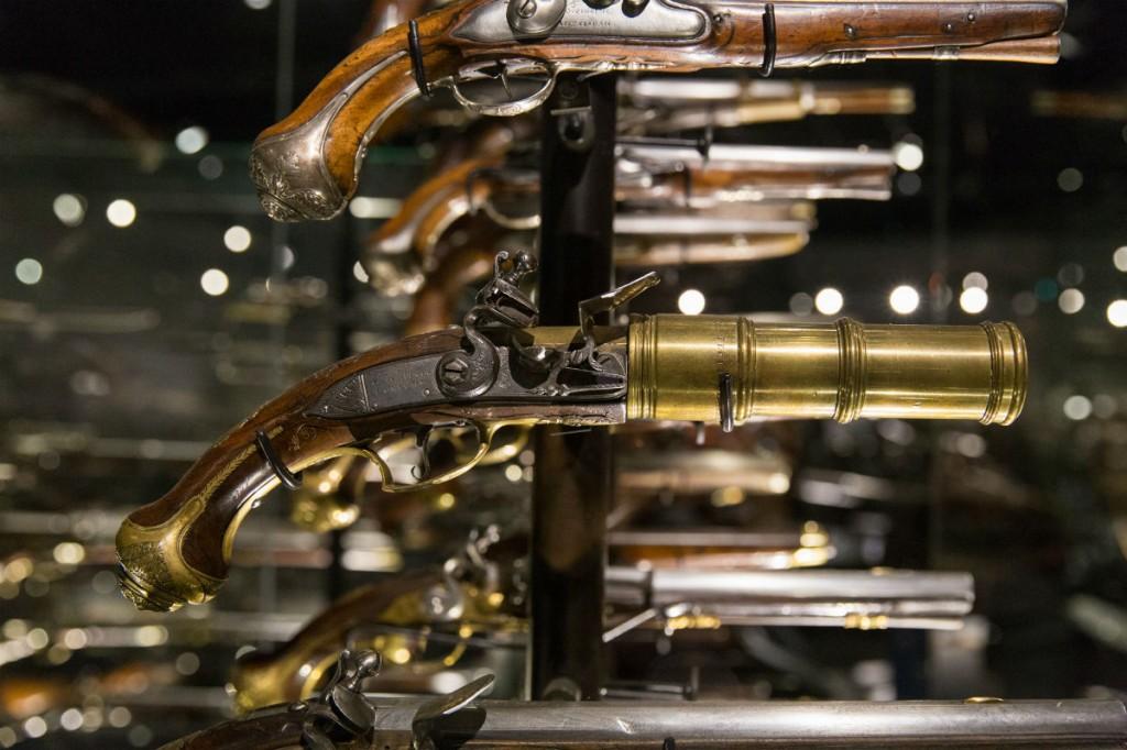 Close-up handvuurwapens Schatkamer (NMM)