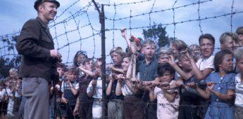 Amerikaanse piloot bezorgde Berlijnse kinderen een zoete kerst