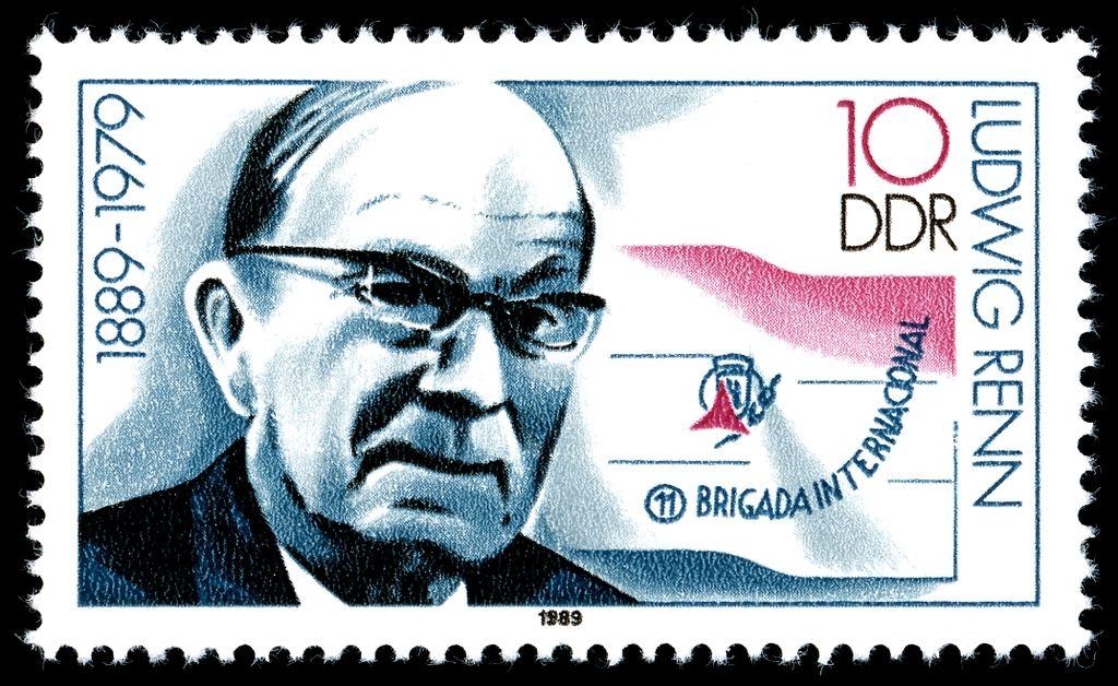 Ludwig Renn op een DDR-postzegel - cc
