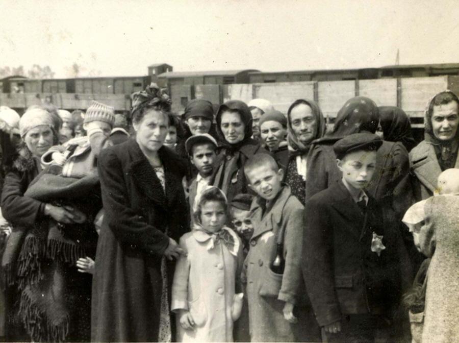 Aankomst van Hongaarse Joden in Auschwitz (Auschwitz Album, mei 1944)