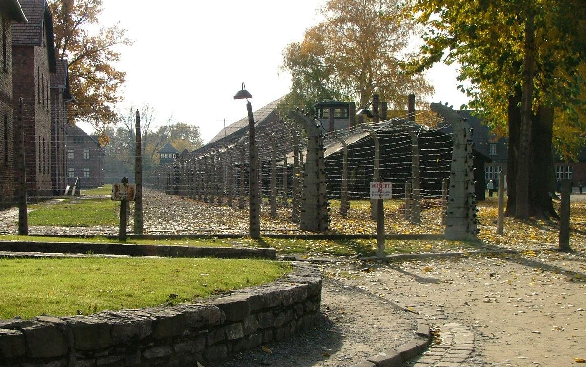 Auschwitz (cc - Emmanuel Dyan)