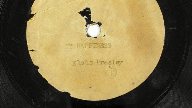 De eerste opname van Elvis Presley