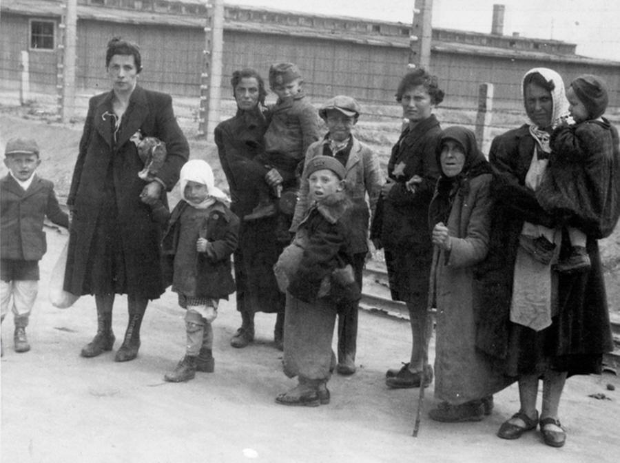 Geselecteerd voor de gaskamer (Auschwitz Album, mei 1944)