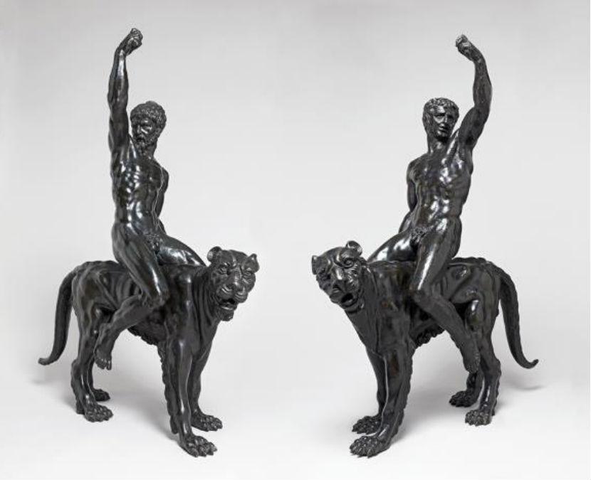 De twee bronzen beelden die mogelijk door Michelangelo zijn gemaakt (Fitzwilliam Museum)