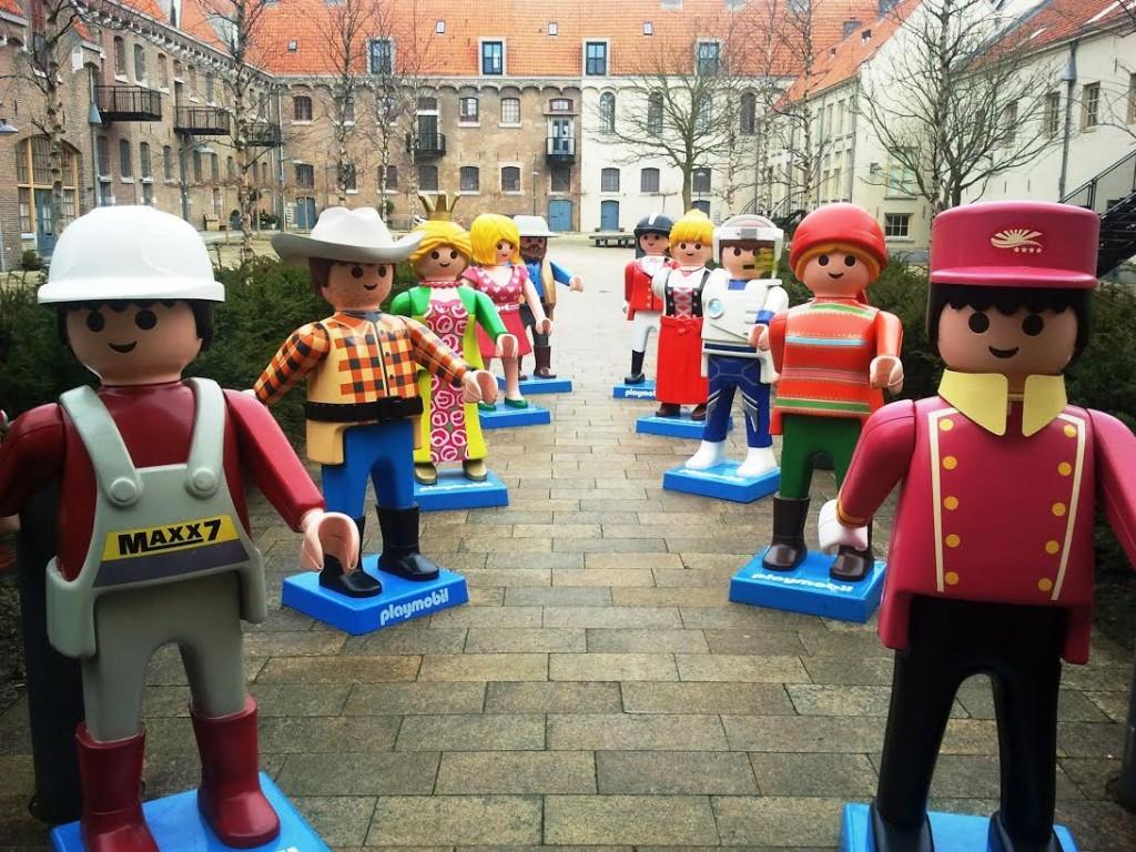 Levensgrote Playmobil-figuren