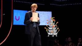 Maarten Prak bij de Universiteit van Nederland (Still YouTube)