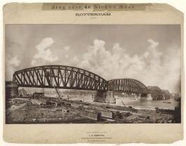 De grote rivieren overbrugd