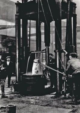 Belgische vluchtingelingen werkzaam in de Britse munitie-industrie tijdens de Eerste Wereldoorlog (cc - IWM)