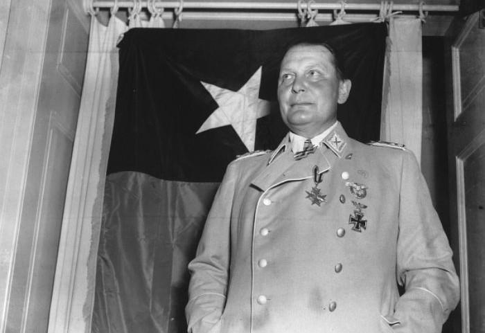 Hermann Göring op 9 mei 1945 na zijn arrestatie door de Amerikanen