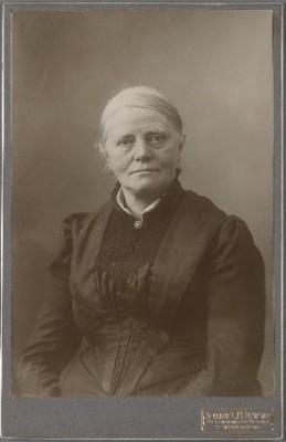 Sientje Mesdag-van Houten, ca. 1905. Collectie Geheugen van Nederland.