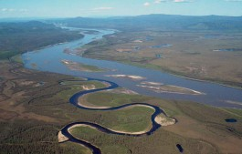 De Yukon en de Charley (zijrivier) - wiki