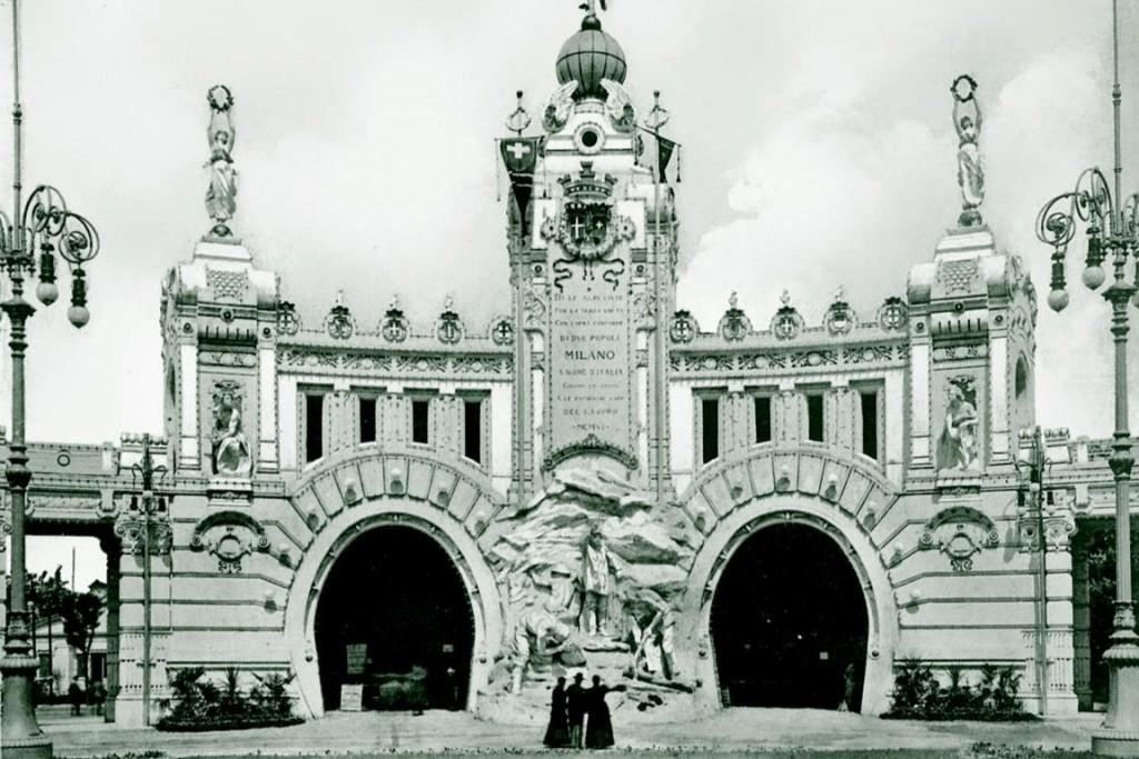 Hoofdingang met tunnelopeningen, 1906