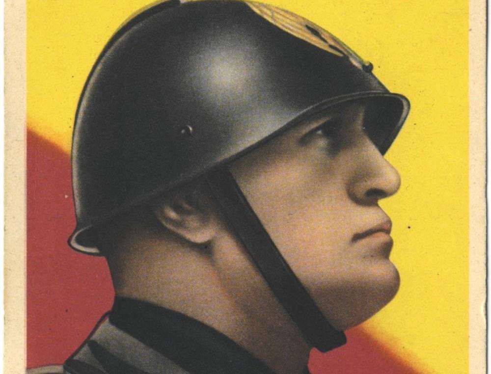 Benito Mussolini op een postkaart uit de jaren 1940