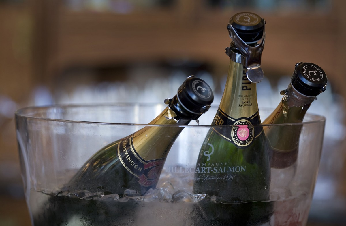 Champagne-flessen (cc - Jorge Royan)