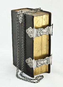 Het Boek der Boeken – Nederlandse Bijbels door de eeuwen heen