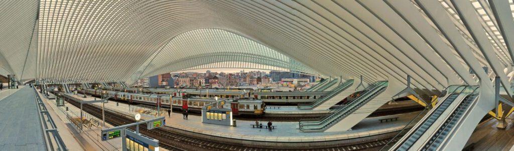 Binnenzijde van station Station Luik-Guillemins