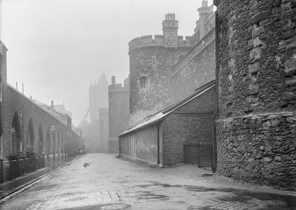 Tower of London (c) IWM