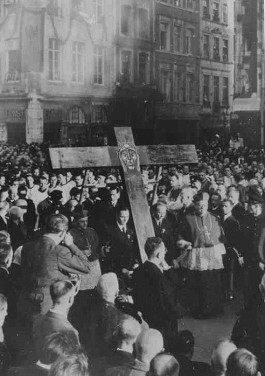 Het vredescongres in Kevelaer, Duitsland (april 1948). Bron: www.paxchristi.net