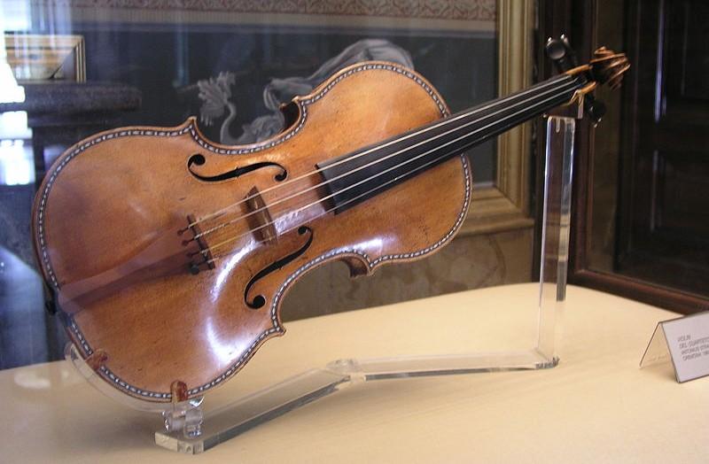 Viool gebouwd door Stradivarius