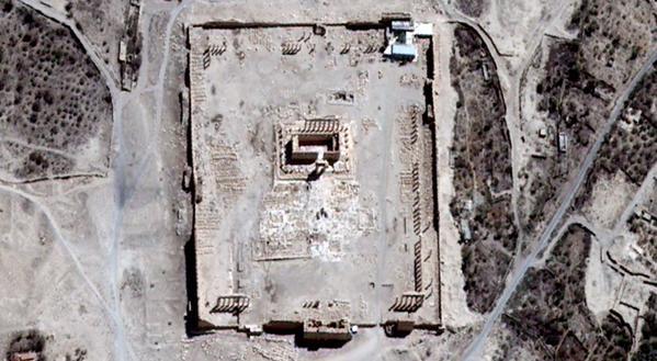 Satellietbeeld van voor de vernietiging (UNOSAT)