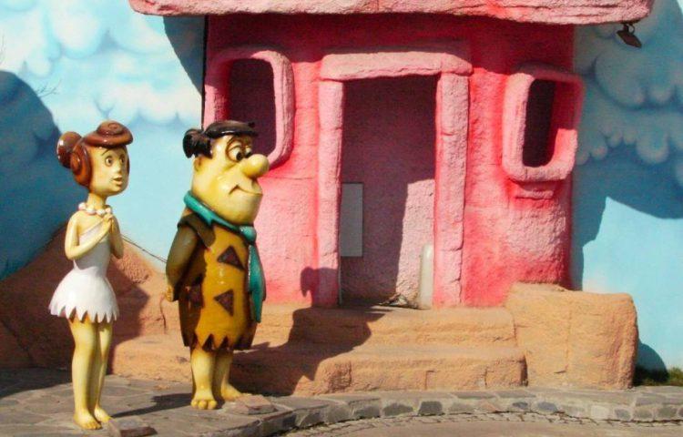 The Flintstones - Fred en Wilma Flintstone (CC BY-SA 3.0 - Nevit Dilmen)