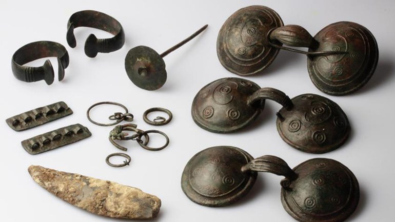2800 jaar oude sieraden gevonden in Noord-Holland
