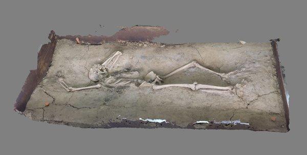 Opgegraven soldaat één dag te zien in Nijmegen (Gemeente Nijmegen)