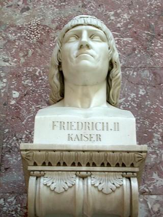 Beeld van keizer Frederik II
