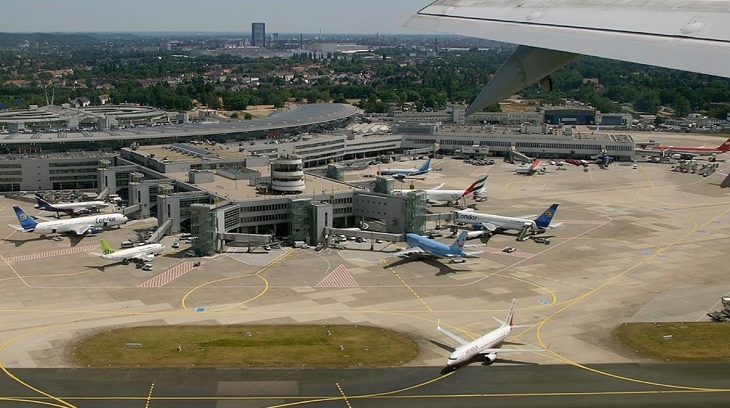 Vliegveld van Düsseldorf - cc