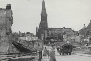 Centrum van Nijmegen na het bombardement op 22 februari 1944. Fotograaf: onbekend, bron: Rijksvoorlichtingsdienst.