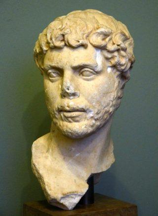 Zo zal Appianus er ongeveer uit hebben gezien: met een korte baard. Een Romein uit het tweede kwart van de tweede eeuw uit de Ny Carlsberg Glyptotek in Kopenhagen.