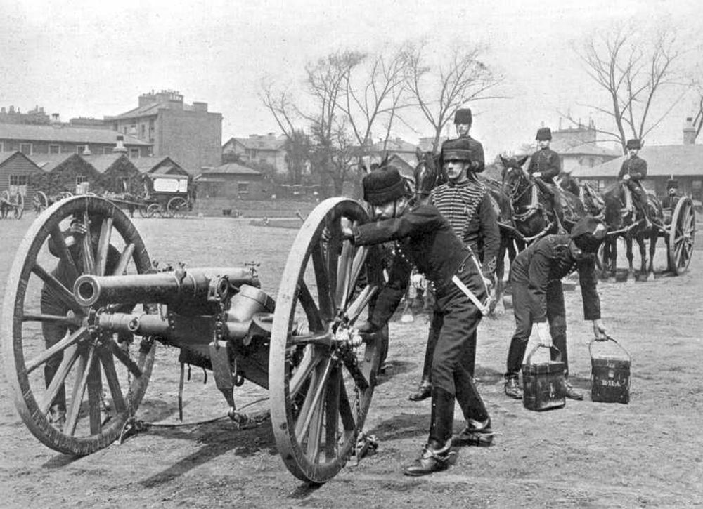 Pre-Canon de 75 modèle 1897, een Brits Ordnance BL 12 pounder in 1897 (foto: wiki-UK MOD)