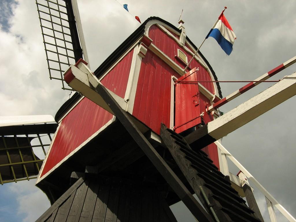 Buitenwegse molen in Oud-Zuilen voor de brand - cc