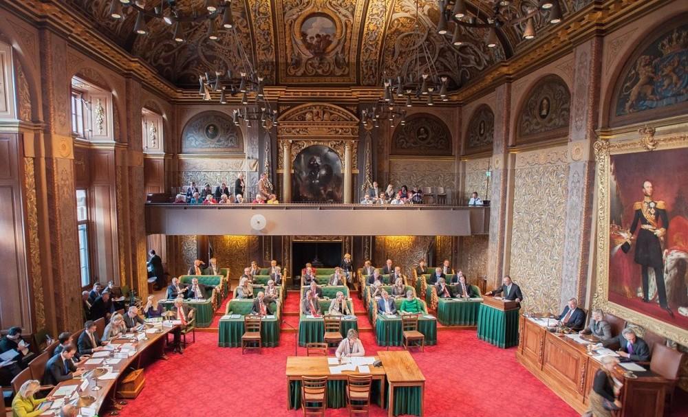 De Eerste Kamer in debat - cc