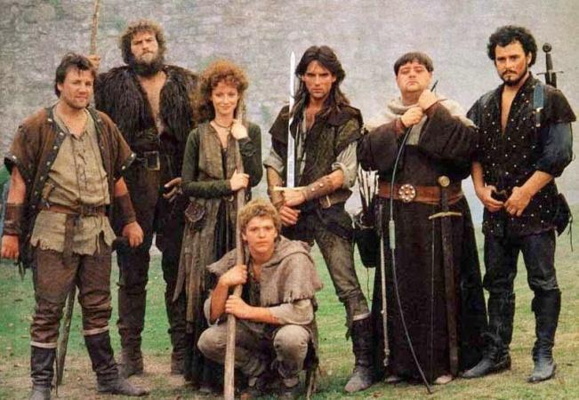 De cast van de magische Robin Hood (bij ons 1989-1991) serie met Judi Trott en Michael Pread (in het mdden).