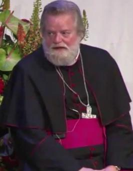 Jos Punt, de bisschop van Haarlem, erkende 56 verschijningen van Maria aan Ida Peerdeman.