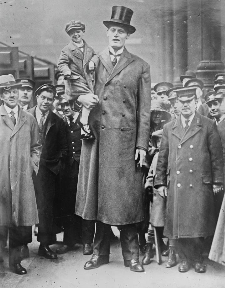 Albert Johan Kramer, de langste man van Nederland (Publiek Domein - wiki)