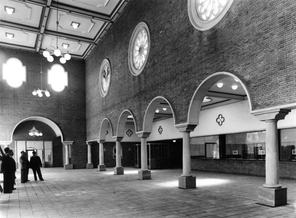 Stationshal Den Bosch, 1952