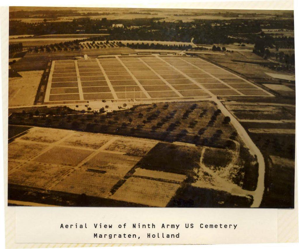 Luchtfoto eerste aanleg begraafplaats Margraten