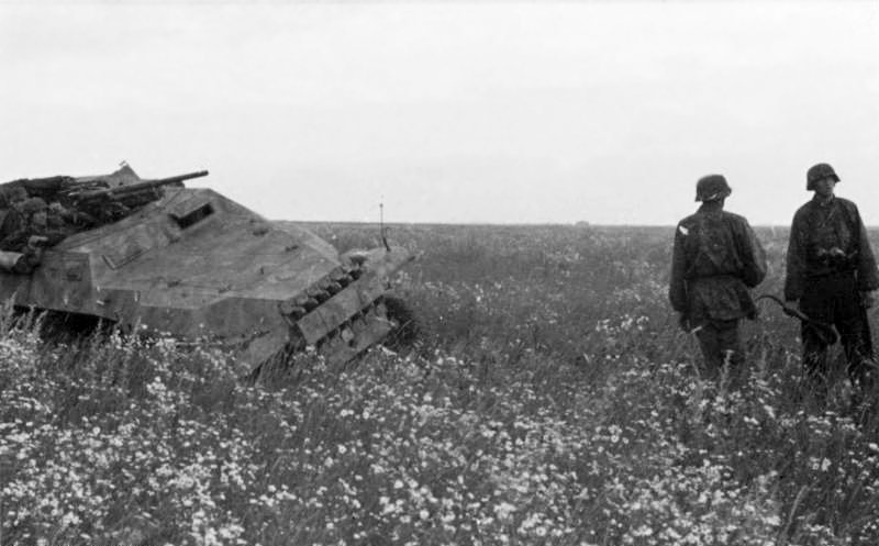De Waffen-SS in Rusland. Bron: Bundesarchiv