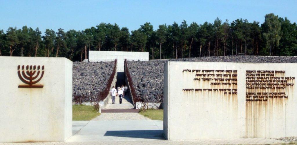 Monument in voormalig vernietigingskamp Bełżec.