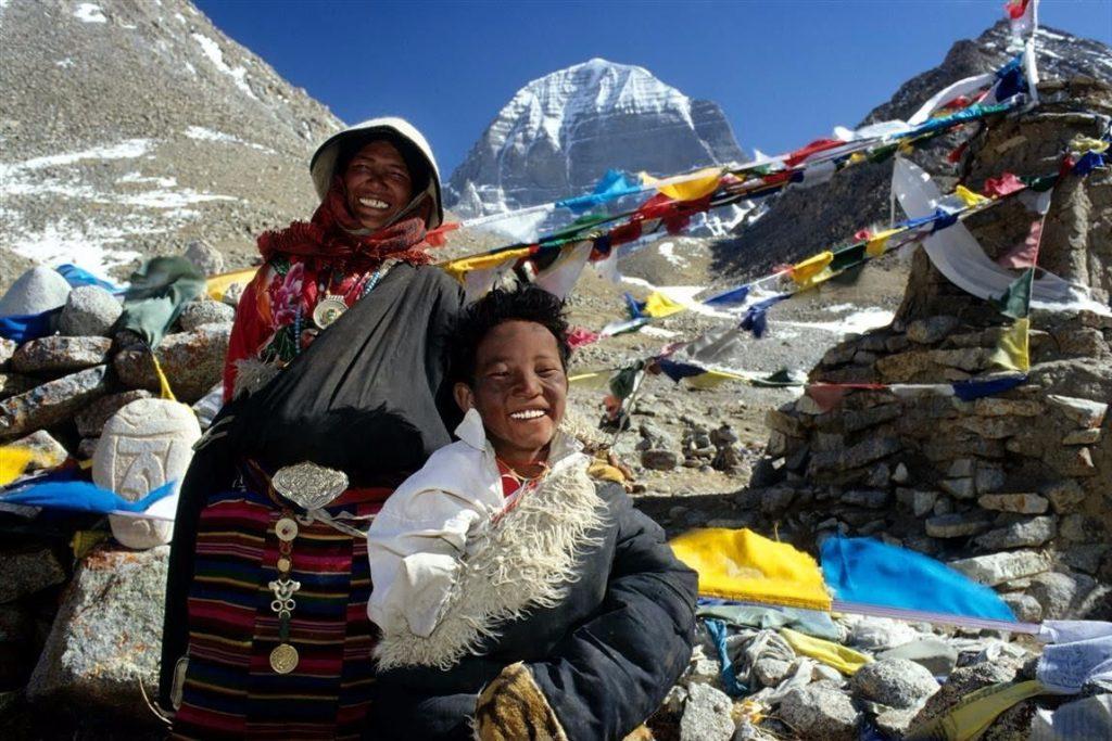 Pelgrims bij de berg Kailash