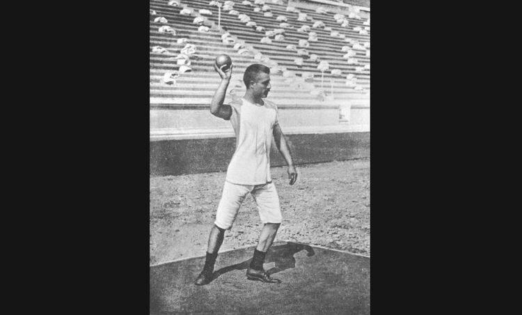 Kogelstoter tijdens de Olympische Spelen van 1896 (wiki)