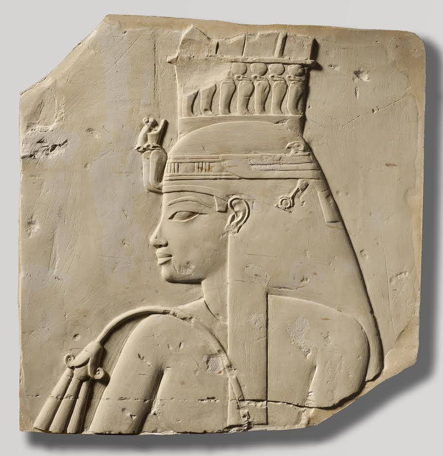 Koningin Teje was niet van koninklijke afkomst. Ze had veel invloed op haar echtgenoot, farao Amenhotep III. (Koninklijk Museum voor Kunst en Geschiedenis, Brussel)
