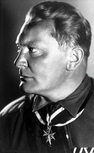 Hermann Göring in 1932 (CC BY-SA 3.0 de - Bundesarchiv - wiki)