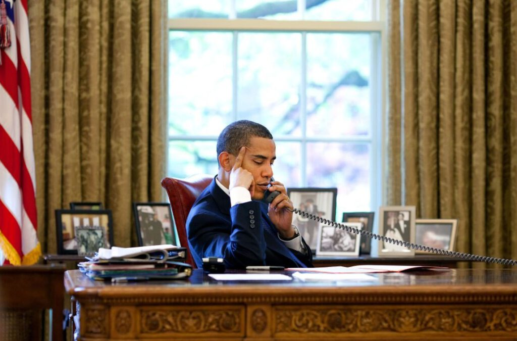 Barack Obama in de Oval Office, 2009