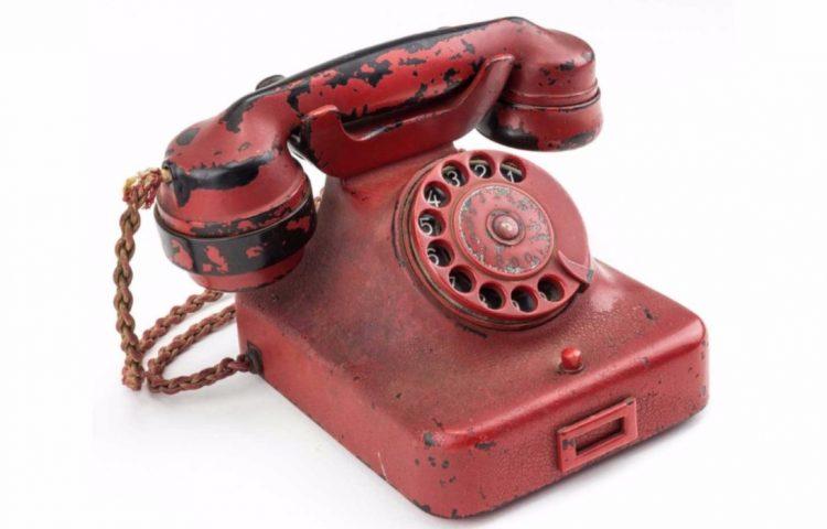 De telefoon van Adolf Hitler - © Alexander Historical Auctions
